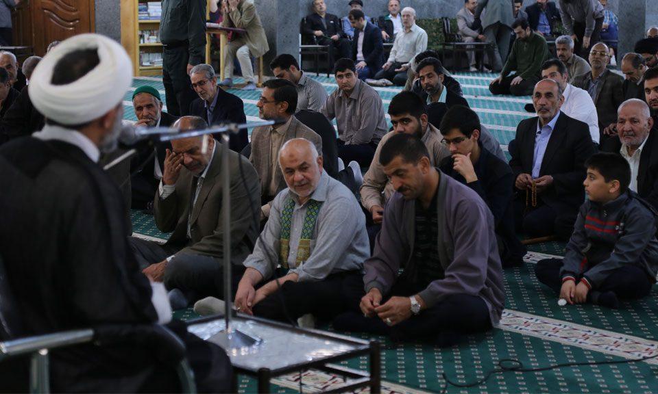 استاد نظافت یزدی مسجد توفیق احمدآباد